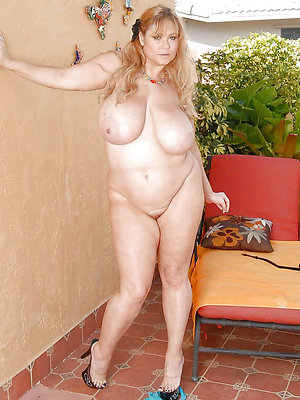 naughty bbw mature galleries