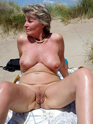 top-drawer mature at the beach