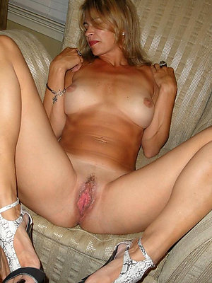 sexy mature blondes love porn