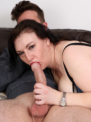 real sexy mature blowjob galleries