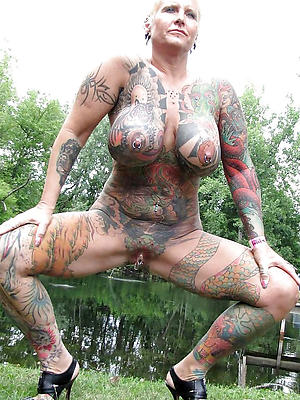tattooed full-grown women love porn