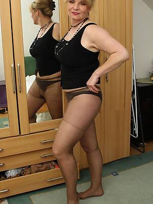 ancient women apropos pantyhose second-rate porn pics