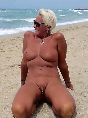 bring to light beach mature sex pics