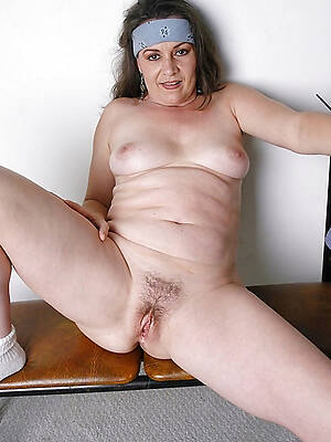 hot sexy older european women pics