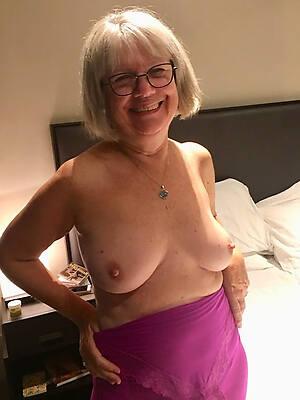 petite sexy grandma gallery