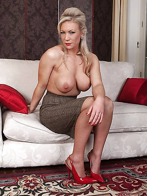 free hd matured divest models gallery