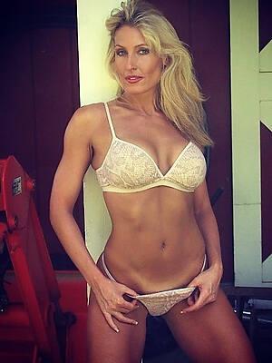 mature divest models sex pics
