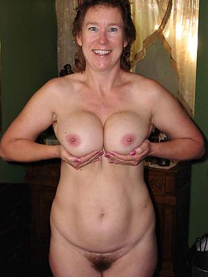 fantastic mature pussy solo pics
