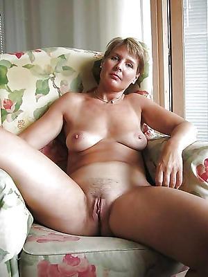 horny mature women stripped