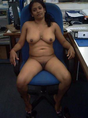 sexy grown up indian women love porn