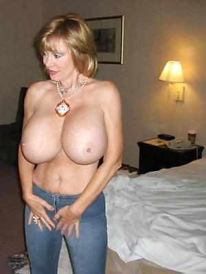 gorgeous incomparable mature naked women