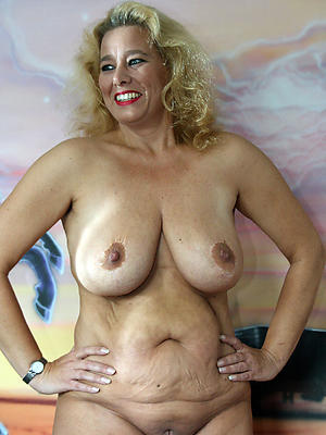 huge of age boobs posing undressed