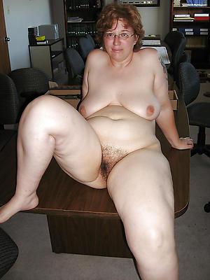 Nude nylon footjob