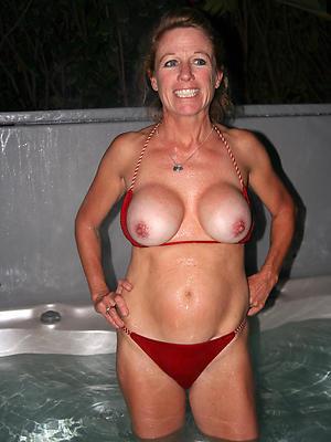 nude women mature stripped