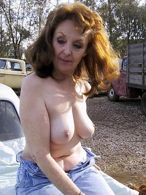 xxx mature amateur nude women