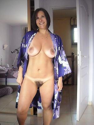naked mature slut moms