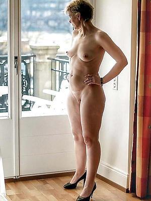 curvy real mature naked women porn pics