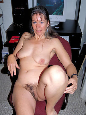 gorgeous real grown up naked women