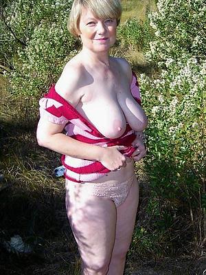 bonny sexy mature white women