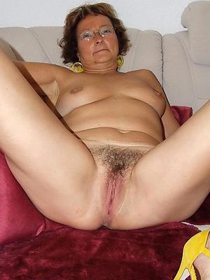 curious sexy mature white women porn pics