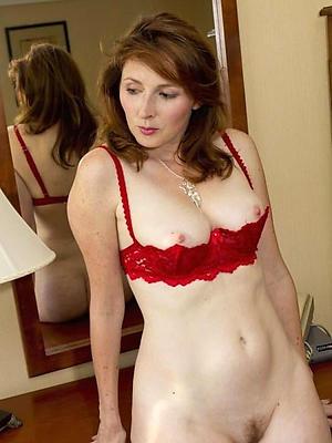 super-sexy mature white lady homemade pics