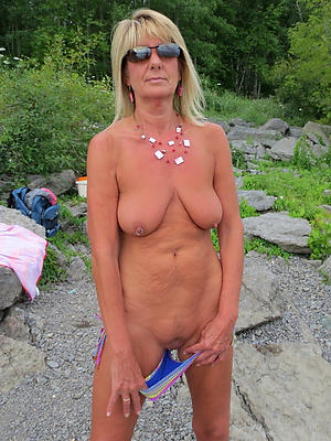 slutty mature blonde naked pics