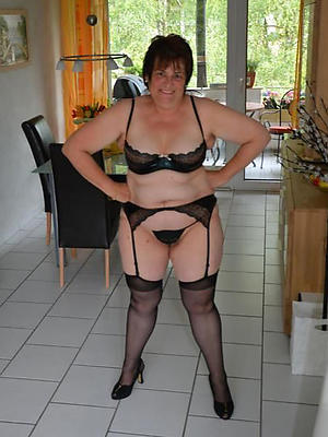 beautiful mature housewives unconcealed galleries