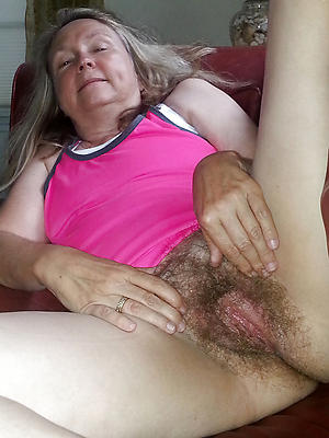 free pics of close up full-grown pussy