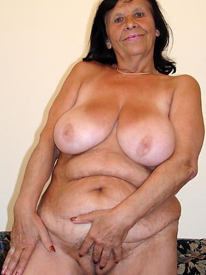 spectacular naked grandma pictures