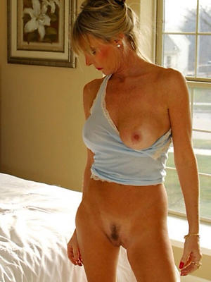 horny mature moms stripped