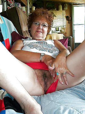 mature vulvas stripped