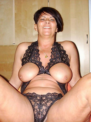 beautiful mature erotic nudes