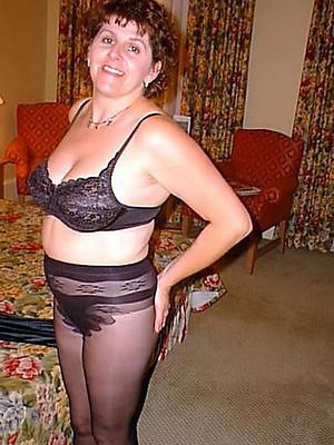 mature women pantyhose posing nude