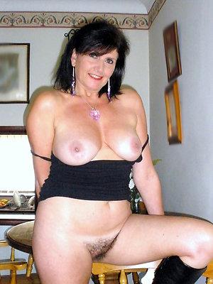 mature brunette milf have a crush on porn