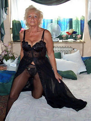 sexy matures in nylons
