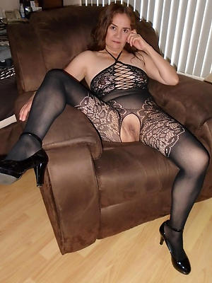 mature women in nylons in the altogether