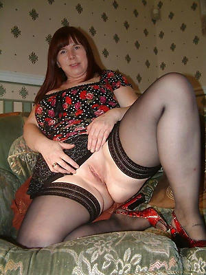 homemade nylon matures posing nude