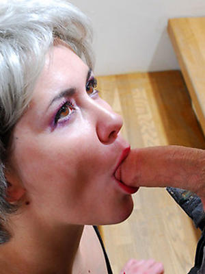 sexy mature blowjob
