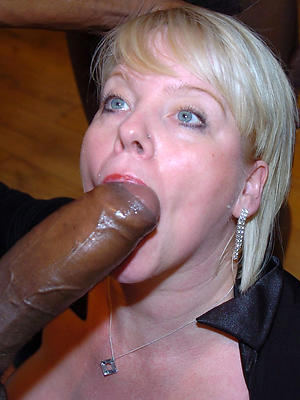 curvy mature women blowjobs