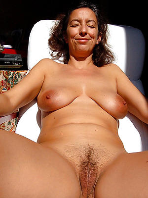 beautiful unassuming grown-up milf homemade porn pics