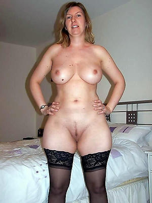naughty natural mature woman