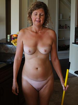 super-sexy mature housewives porn