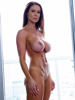 lay bare mature models posing lay bare
