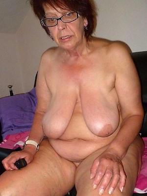 erotic naked grandma posing nude