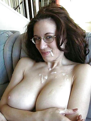 mature mom facial posing nude