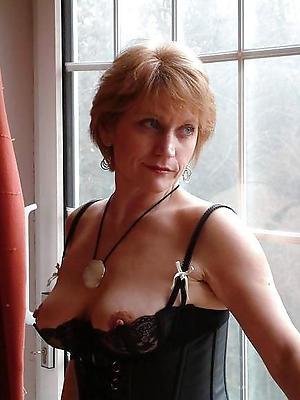 classic matured posing nude