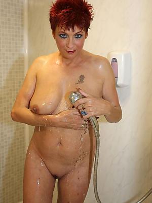 super-sexy mature women in shower