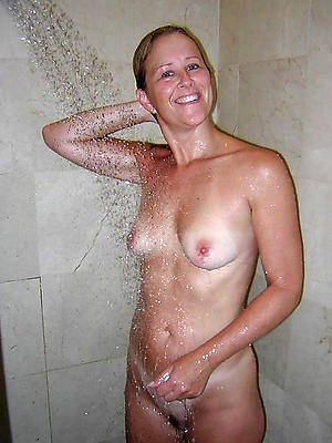 crazy mature women in shower sexy pictures
