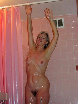 beautiful mature women on touching the shower sex pics