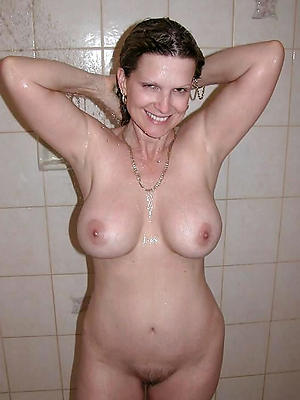 gorgeous exposed mature shower pics